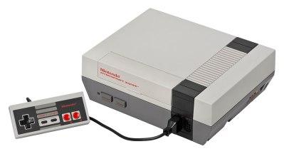 1280px-NES-Console-Set